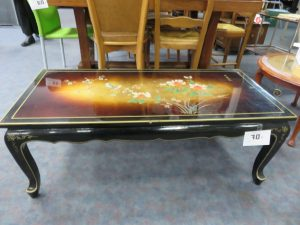 table-basse-laquee-decors-asiatique-lachiffo-caen